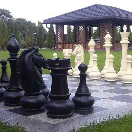 огромные шахматы